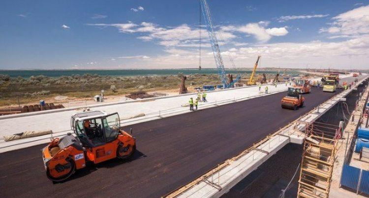 ЗМІ з'ясували цікаву деталь з ремонтом доріг в Україні