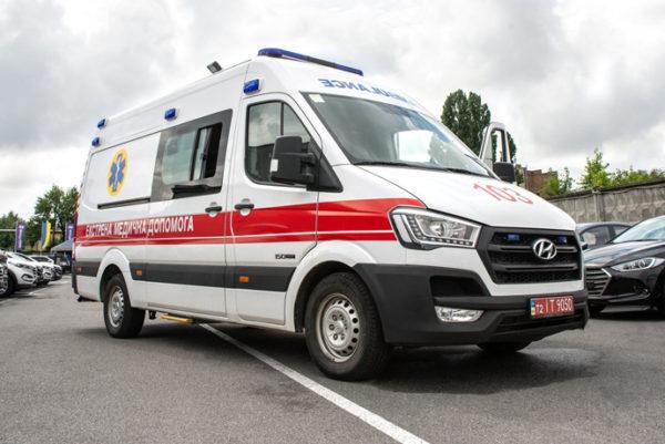Українські медики отримають майже 2 тисячі нових машин швидкої допомоги